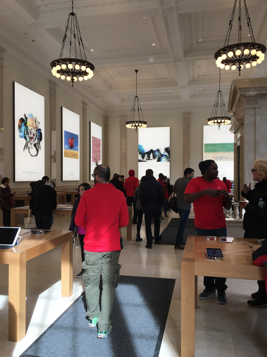 The fanciest Apple store on Madison Avenue. FANCY CAN'T FIX WATER DAMAGE, THO.